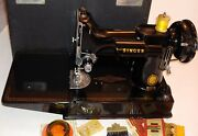Beautiful 1955 Singer Featherweight 221 Excellent Condition W/attachments Works