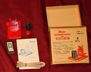 Vintage Magic Auto Needle Threader Sewing Kit Original Package Great Condition