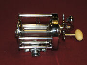 Very Nice Vintage Shakespeare Service 1946m Casting Reel, Works Great