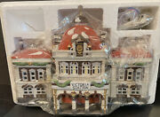 Dept 56 Victoria Station Dickens' Village Series Lighted 1989 Christmas
