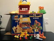 Vintage Fisher Price Little People School 2550 W/ Box Complete