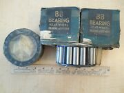 1931/1934 Ford Nos Truck Rear Wheel Bearings Bb-1225 And Retainer Seals Bb-1175ar