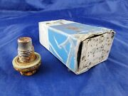 New Old Stock Oem Ford E9dz-6730-b Oil Pan Plug Heavy Rust Scale