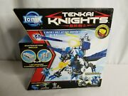 Spin Master - Ionix Tenkai Knights - Figure 2 In 1 - Volt Jet Sky Griffin - New