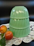 Fire King Jadeite Swirl Nesting Mixing Bowls 8 7 6 Set Of 3 Oven Ware Usa