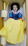 Disney Snow White And 7 Dwarfs Porcelain Doll Limited Edition New In Box