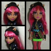 Mattel Monster High - Howleen Wolf Dressed Doll - 13 Wishes Outfit Boots Hat Lot