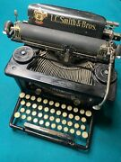 Lc Smith And Bros Typewriter