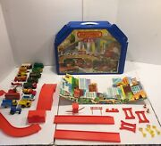 Vintage Lesney Matchbox City Car Garage Playset 1978 Accessories And 17 Cars Lot