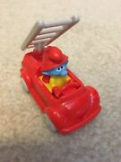 Kinder Surprise Maxi Smurfs In The City Firefighter Figure Fire Truck 2018 Enb14