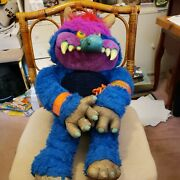 1986 My Pet Monster By Am Toys With Handcuff And Chain = Excellent Condition