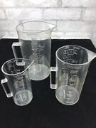 Vintage Art Deco Inspo- Set Of 3 Tall Measuring Cups Ozs And Metric Clear Plastic