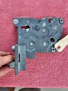 1949 - 1953 Oldsmobile Nos Right Front Door Latch Assembly 4560814