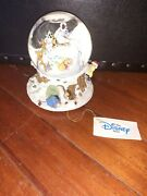 Disney Store Winnie The Pooh Musical Christmas Holiday Snowglobe W/tags Works