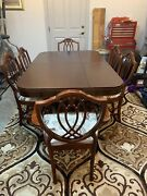 Vintage 1950andrsquos Duncan Phyfe Style Dining Table And Chairs