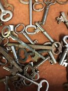 Lot Of 100 Antique Skeleton Keys - Various Sizes And Style - Real Deal
