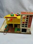 Vintage 1970 Fisher Price Little People Parking Garage 930 With Cars And People