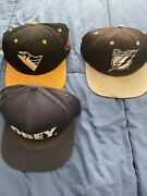 Lot Of 3 Snapback Navy Blue Obey Black Tampa Bay Lightnings And A Penguins Snap