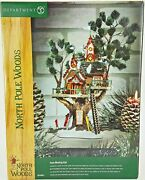 Dept 56 North Pole Woods Town Meeting Hall 56880 Old Store Stock W/cord And Box