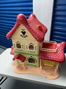 Vintage 1983 Strawberry Shortcake Berry Home Doll House With 48 Accessories 3250