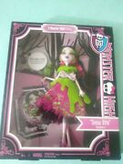 Monster High Draculaura Scary Tales Snow Bite Doll