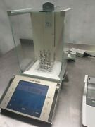 Mettler Toledo Xp 204 Analytical Balance Scale   Max 220g D=0.1mg