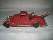 Vintage Hubley Kiddie Toy Pumper Fire Truck With Hose And Search Light