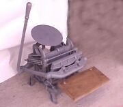 C And P Chandler And Price 7-1/2 X 12 Ink Pad Hand Printing Press Antique Large