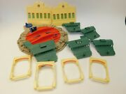 Hit Toy Thomas Trackmaster Tidmouth Sheds Roundhouse Train Depot Turntable Parts