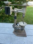 Vintage Delta Rockwell Benchtop Drill Press Dp237 In Working Condition
