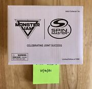 2021 Toy Fair Exclusive Spin Master Grave Digger Truck 1/1000 Rare Monster Jam