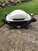 Weber Q 1000 Outdoor Portable Gas Bbq - Titanium New Never Used