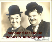 Stan Laurel - Oliver Hardy - Photograph - Autograph - Aa
