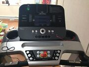 Life Fitness T3 Treadmille W/track Console And 3'x6'x3/8' Cardio Mat