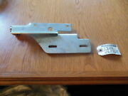 Nos Oe Ford E8dz16796a Right Hood Hinge For Some 86-95 Ford Taurus Apps.