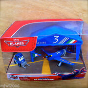 Disney Planes Arturo Pit Row Gift Pack With Pitty Tent And Flag Diecast Set Italy