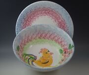 VTG BELLINI PIU ITALY CERAMIC LG BERRY BOWL STRAINER COLANDER ROOSTERS W/ PLATE
