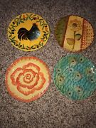 4 Italica Ars Hand Painted Italian Pottery Small Plates and 1 Large Plate