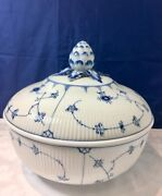 Royal Copenhagen Blue Fluted Half Lace Big Covered Bowl 2365187 Limited Ed. New