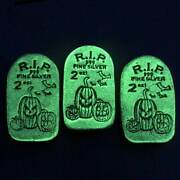 10 - Limited Edition Tombstone Glow In The Dark Jack-o-lantern-2 Oz Silver Bars