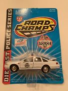 Road Champs Police Series Comanche Tribe Police Dept. Die Cast 143, B151