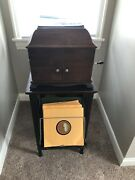 1919 Victrola Vv-ix With Vintage Record Cabinet And Record Collectionandnbsp