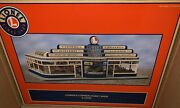 Lionel Operating Cowen's Corner Hobby Shop Accessory New Train Building