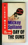 Day Of The Guns By Mickey Spillane Signed, Signet D2643 Crime Gga Vintage Pb