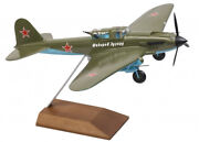Handmade Model Airplane Attack Aircraft Ilyushin Il-2 Air Force Scale 132
