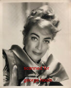 Joan Crawford - Photograph - Signed - Mildred Pierce - Aa