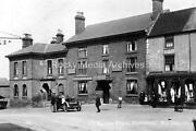 Jk-93 1924 Market Place Eastwood Nottinghamshire The Sun Inn Samual Wood. Photo