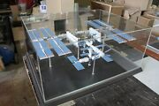 Custom Handmade Model Of International Space Station Isis Scale 1144 Cover