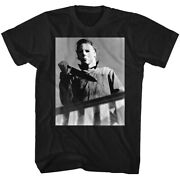 Halloween Horror Menand039s T-shirt Michael Myers Bloody Knife Distressed Photo Scary