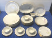 43 Pieces H And C Selb Bavaria Heinrich White China Set Daises And Flowers Germany